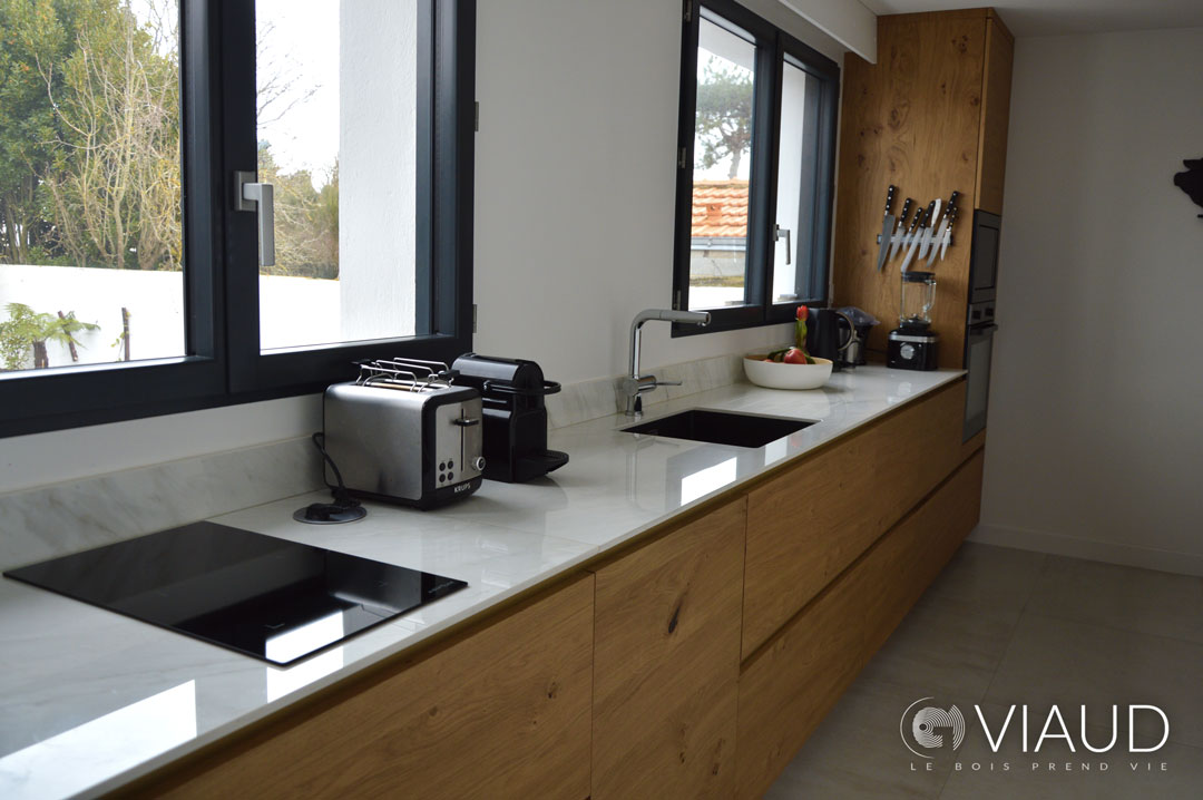 Cuisine-sur-mesure-design-Saint-Gilles-Croix-de-Vie-G-Viaud